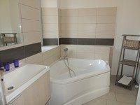 chambre-hote-suite-familiale-salle-bains-chateauneuf-les-bains-auvergne-puy-de-dome-63