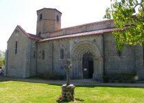 auvergne-gite-moulin-chateauneuf-les-bains-visite-eglise-63